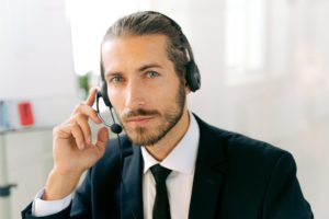 An easy way to improve call center performance is to provide employees with good headsets. Here are two types of headsets to consider for your call center employees.